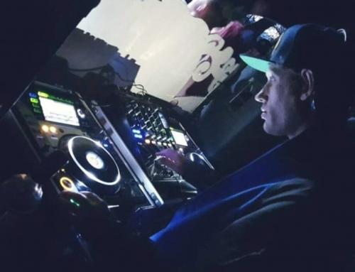 DJ Aro on the Decks